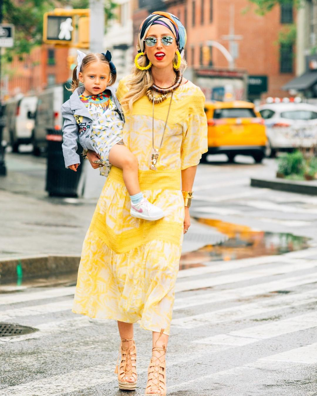 El Shane  @elshanesworld is a fashion stylist by day, blogger by night, and mother 24/7. Her blog is for the power chick who wants it all.