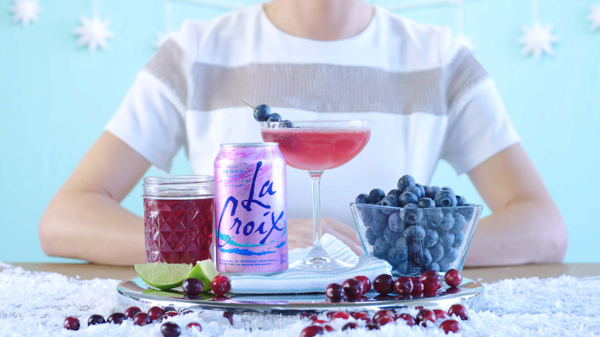 LaCroix_Holiday2016_Berry Cosmo_v6_Debi_COLORED.00_00_43_17.Still007.png