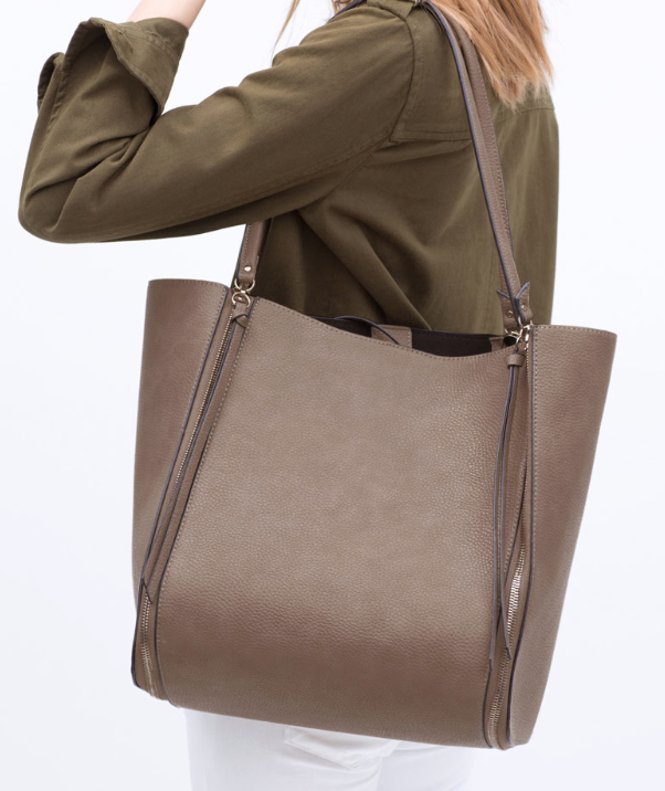 Zip Shopper Bag from Zara £39.99 with a nod to the current boho tassel vibe for Spring. Interior pocket and magnetic top fastening too. I love this shade of not quite grey and notquite beige!