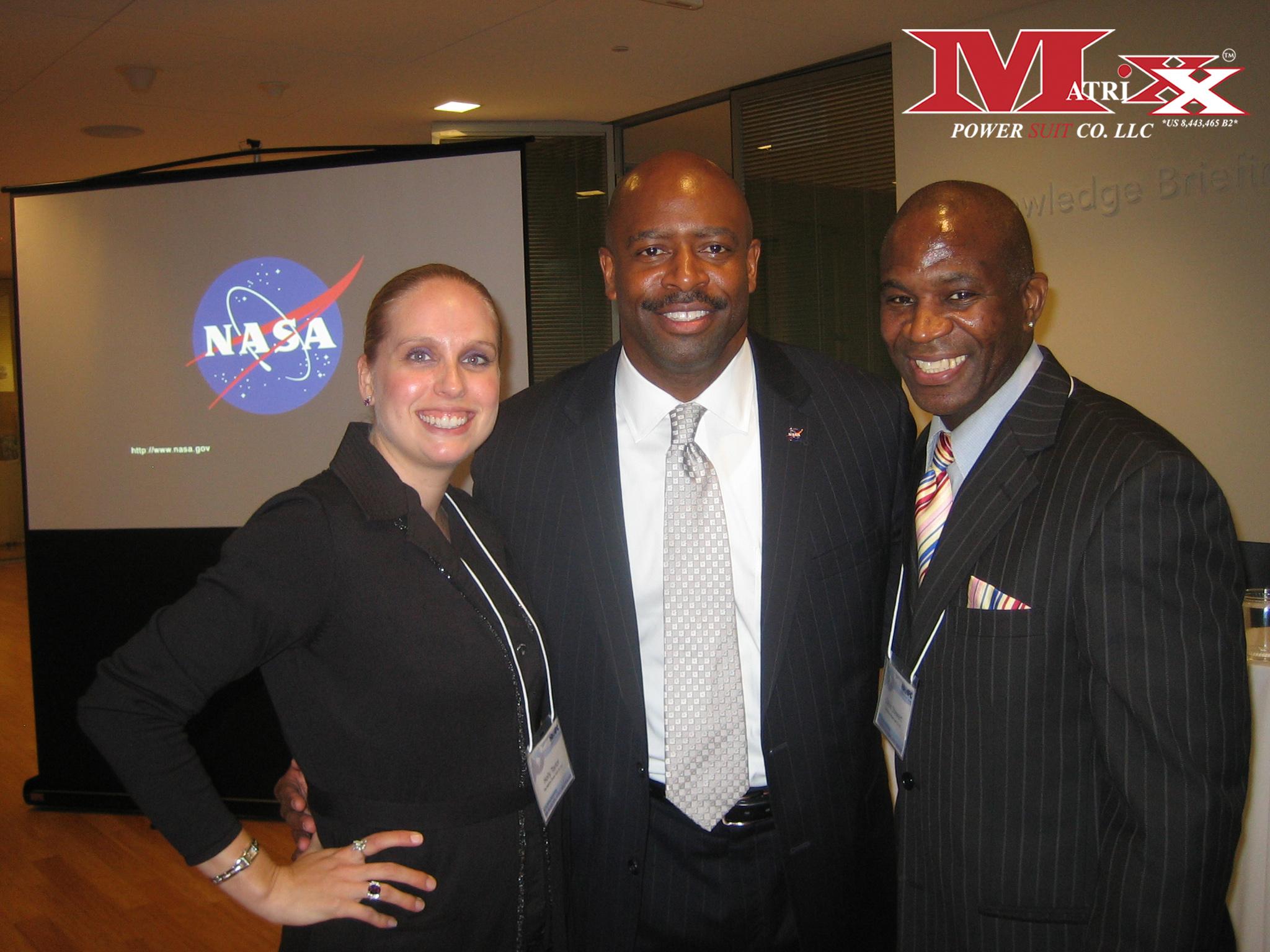 Calvin & Holly w Astronaut Leland Melvin @ NHHPC annual meeting 2013
