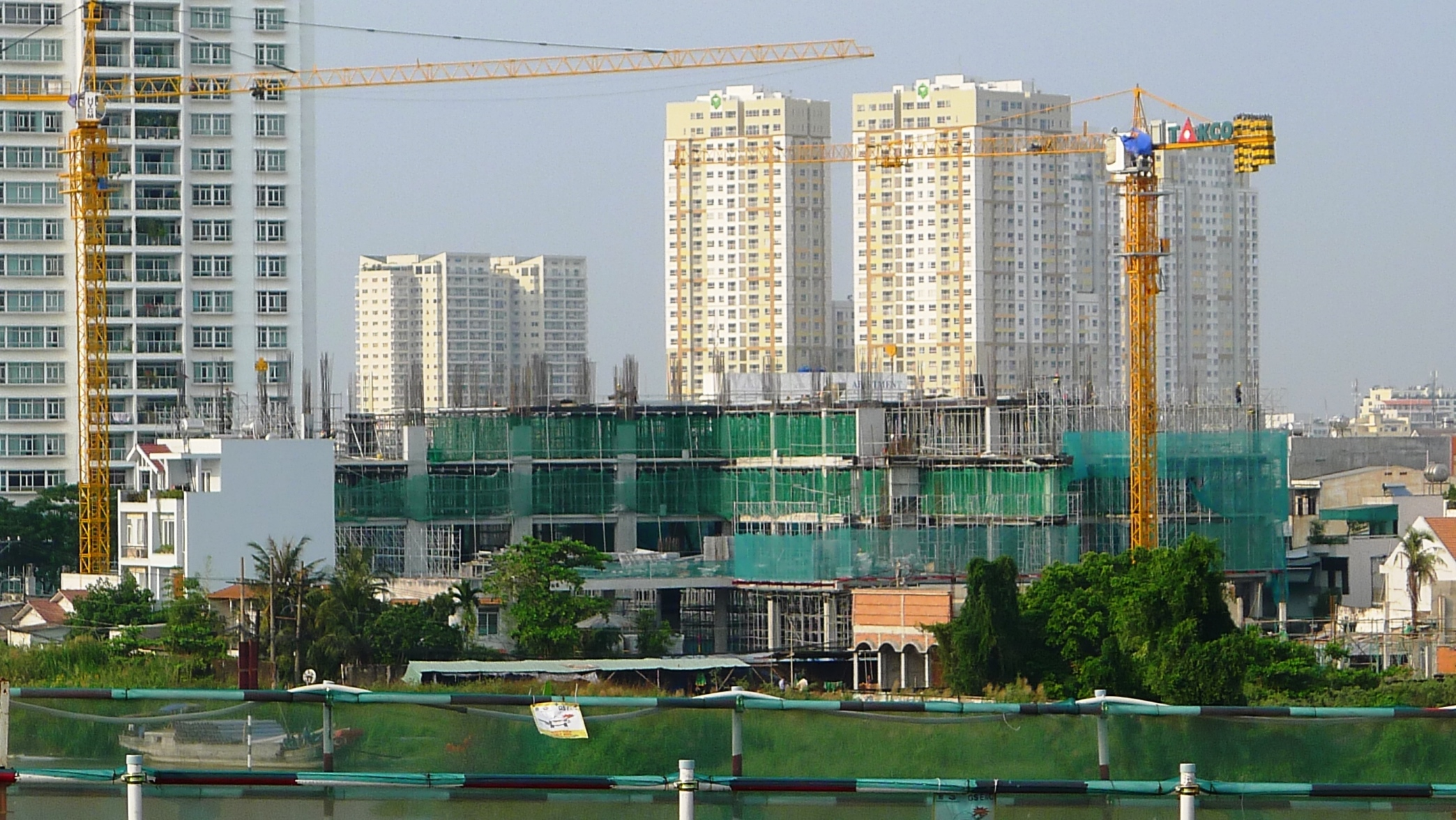 01 View to campus from Saigon bridge.jpg