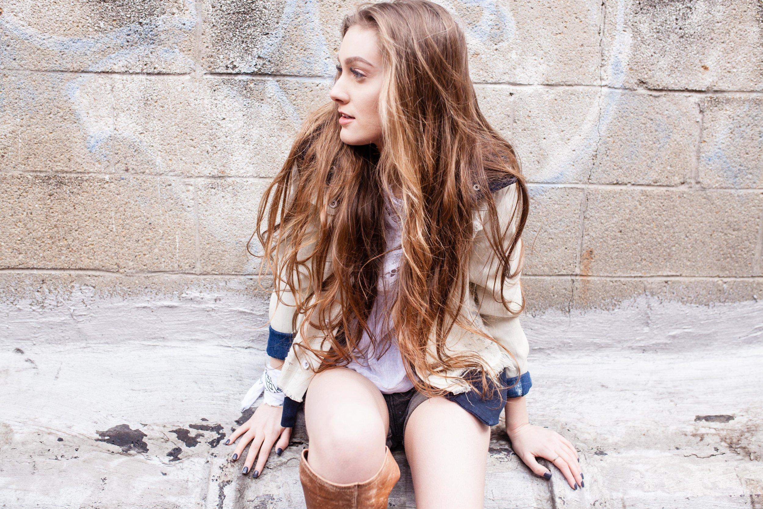 model: @rachel_luree  photo/styling: @elow24