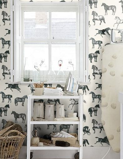 Equestrian-Decor-horse-wallpaper