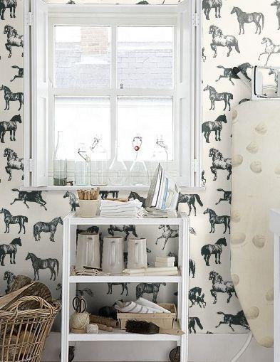 Equestrian-Decor-horse-wallpaper