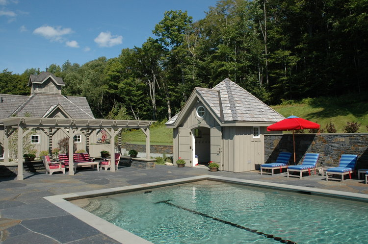 To the right of the pergola we placed a pool house. As you will see in the next picture, it is a great place to get changed or take a nap!