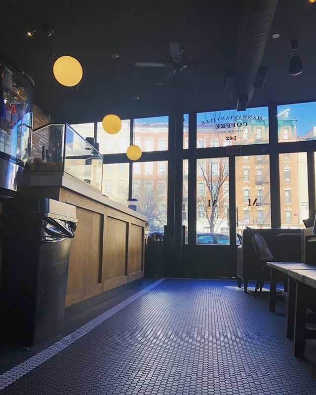 Happy Monday everyone!  Come visit us today at our Harlem (142 Edgecombe) location.  We're ready for ya!  #manhattanvillecoffee #harlem #nyc #coffeeshop #parlorcoffee #coffeecoffeecoffee #hamiltonheights #coffeelovers #newyork #coffeeshot #goodmorning