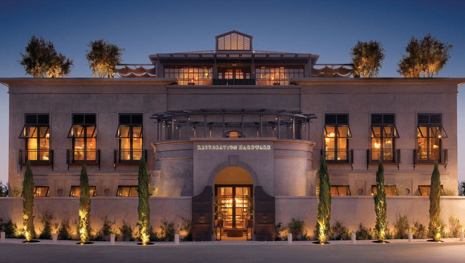 Example: Luxury Retail Construction Project - Restoration Hardware