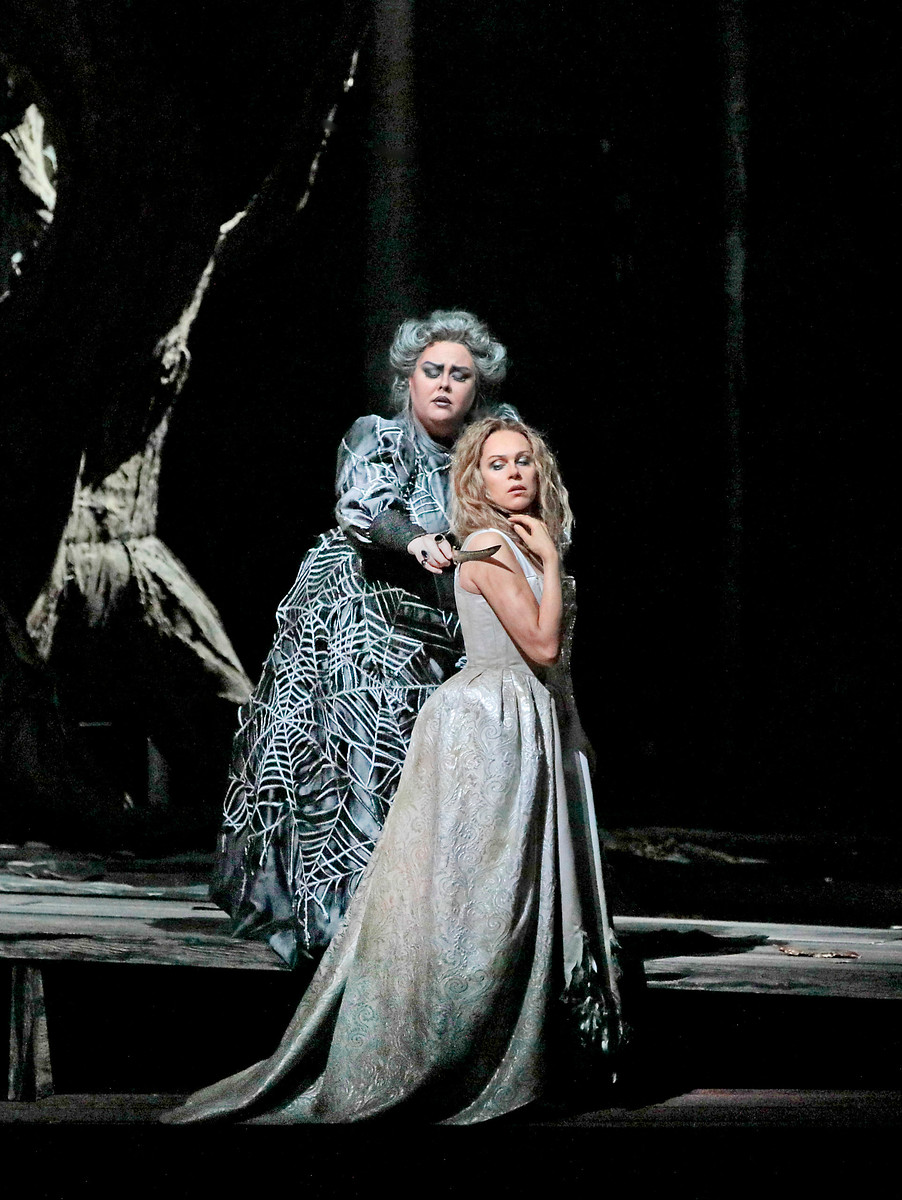 Photo by Ken Howard / Metropolitan Opera