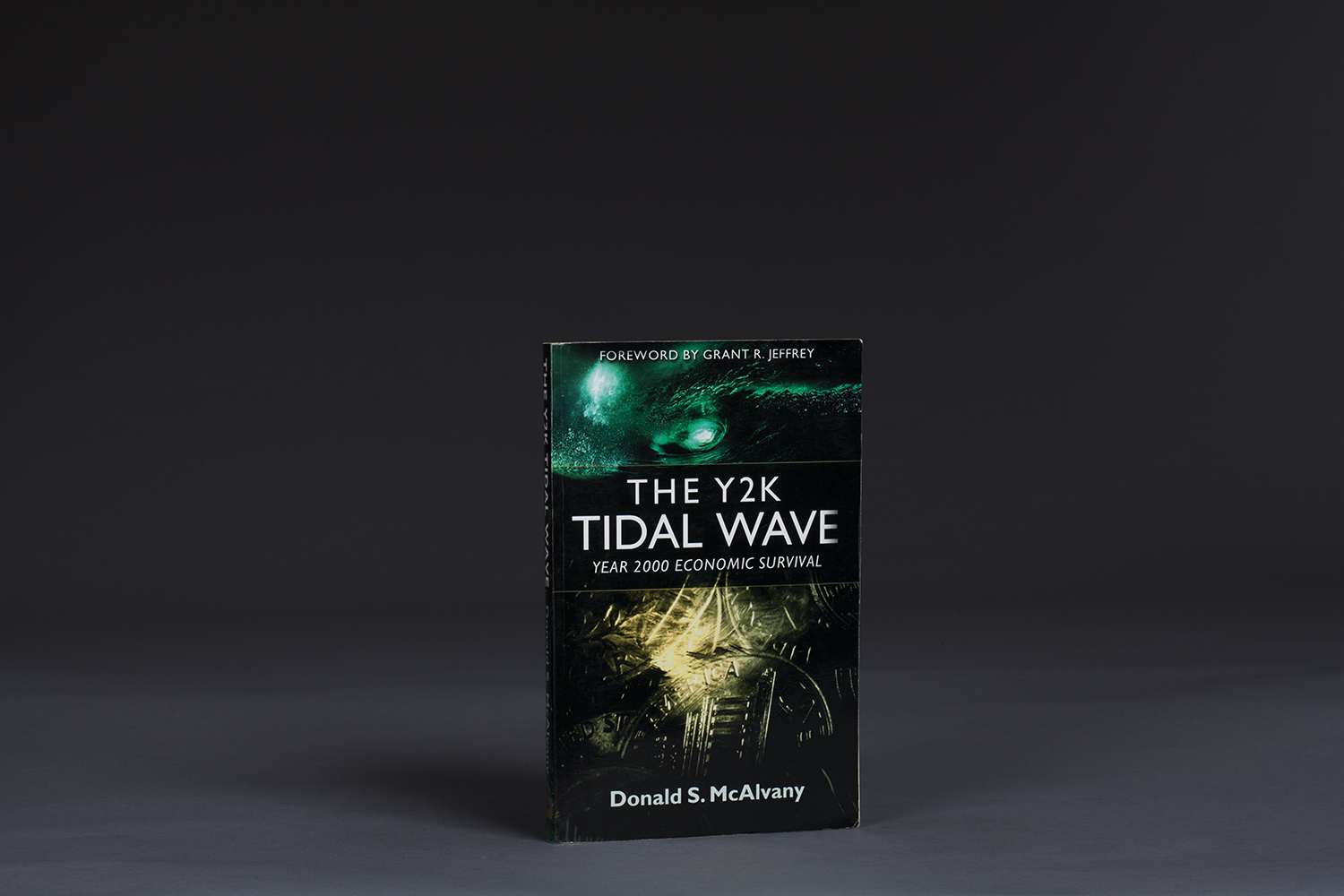 The Y2K Tidal Wave - Year 2000 Economic Survival - 0595 Cover.jpg