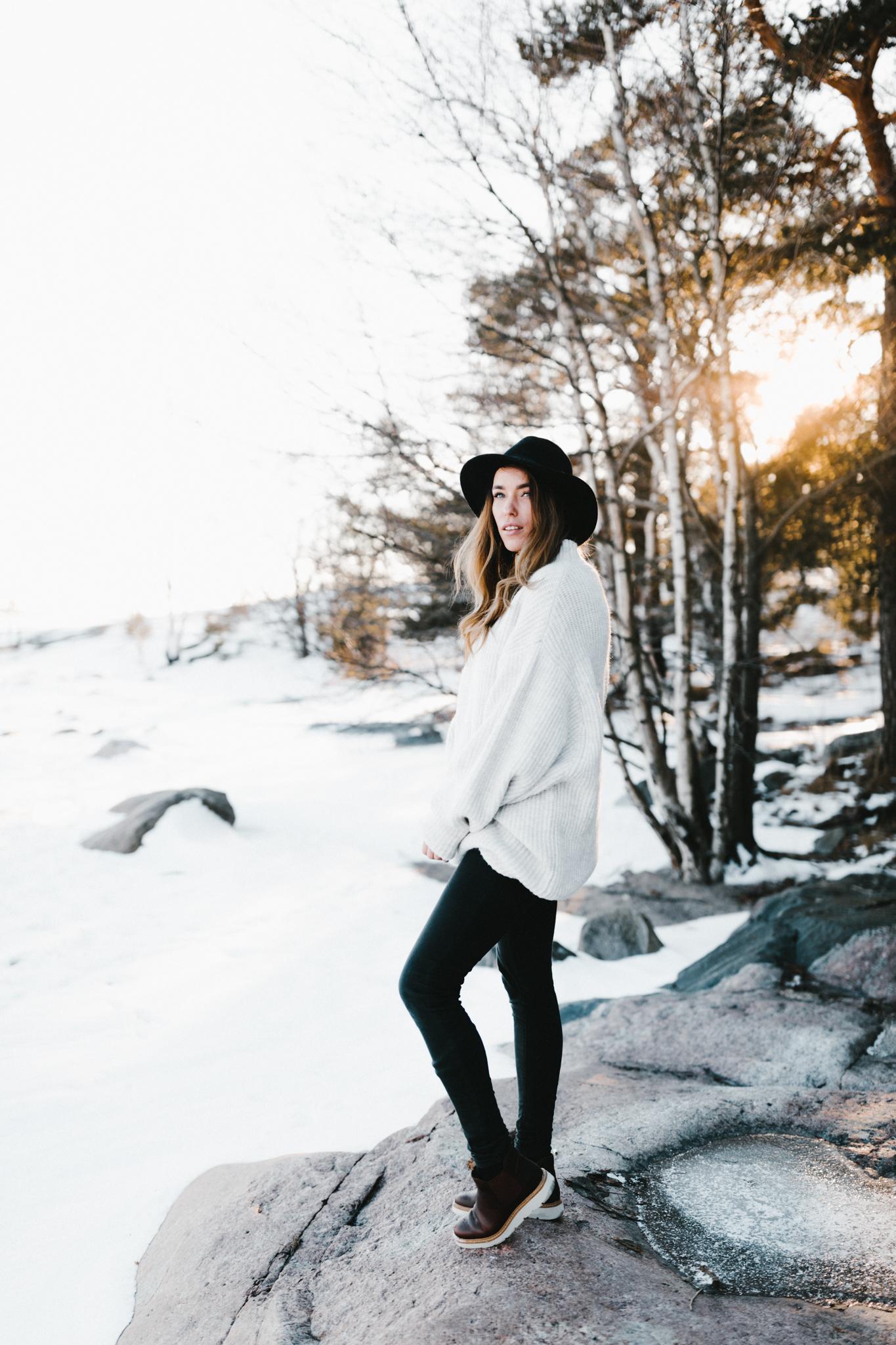 Julia Toivola -- Photos by Patrick Karkkolainen Photographer-5.jpg