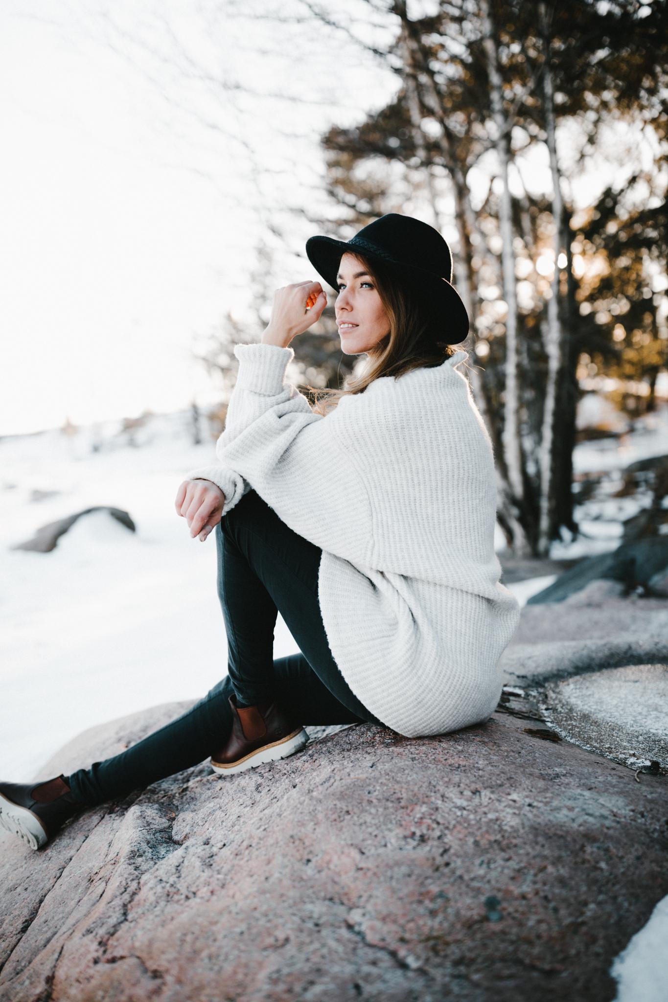 Julia Toivola -- Photos by Patrick Karkkolainen Photographer-14.jpg