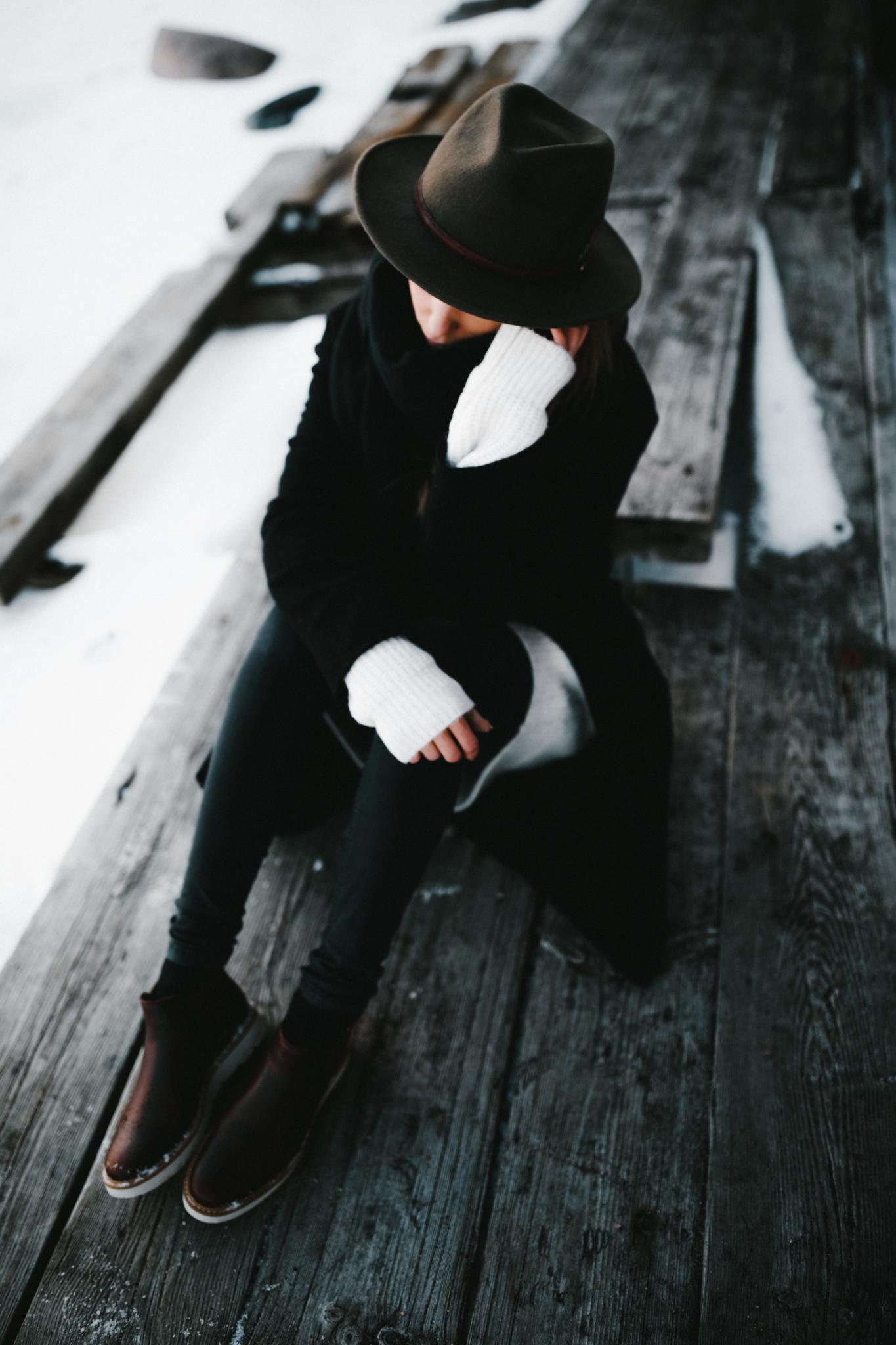 Julia Toivola -- Photos by Patrick Karkkolainen Photographer-61.jpg