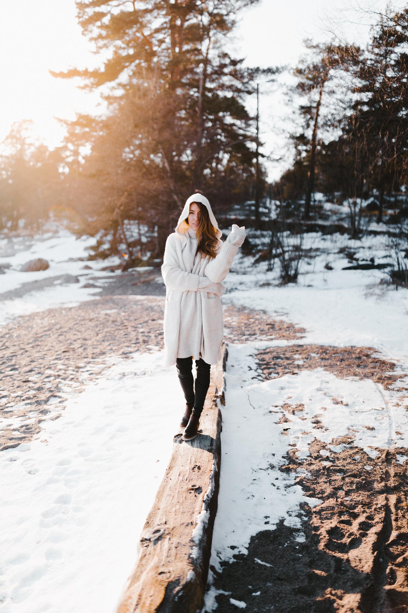 Julia Toivola -- Photos by Patrick Karkkolainen Photographer-91.jpg