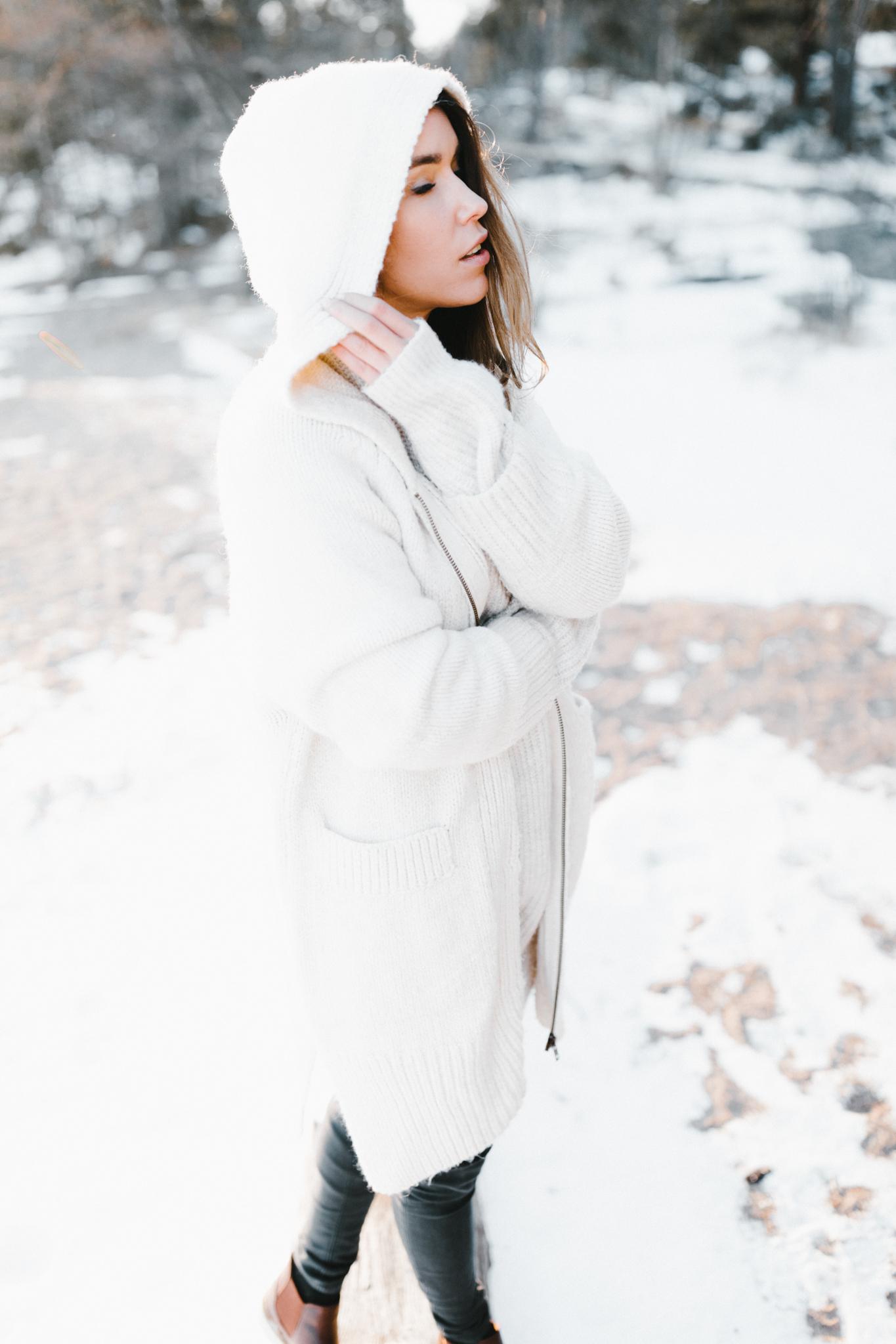 Julia Toivola -- Photos by Patrick Karkkolainen Photographer-99.jpg