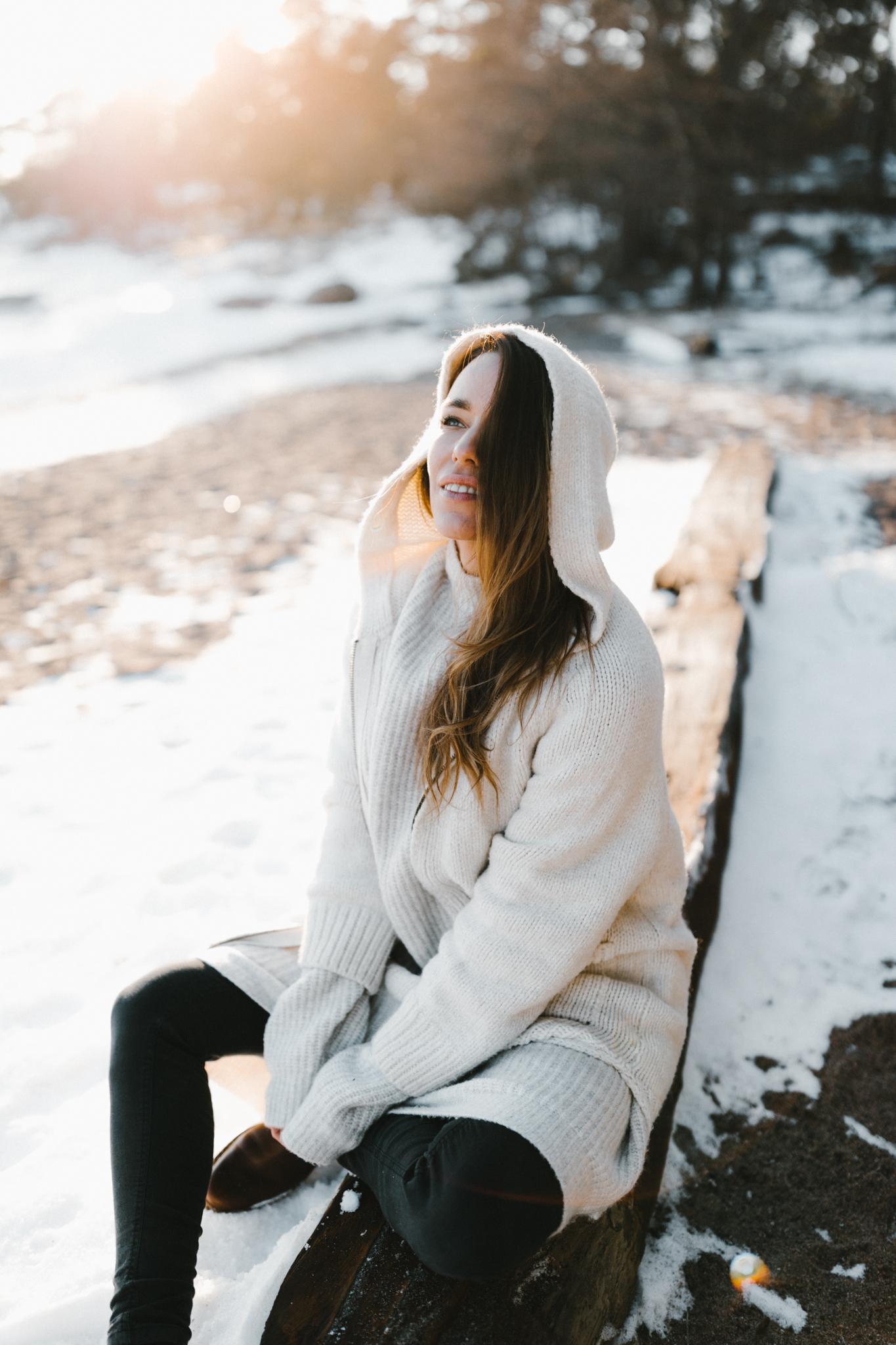 Julia Toivola -- Photos by Patrick Karkkolainen Photographer-107.jpg
