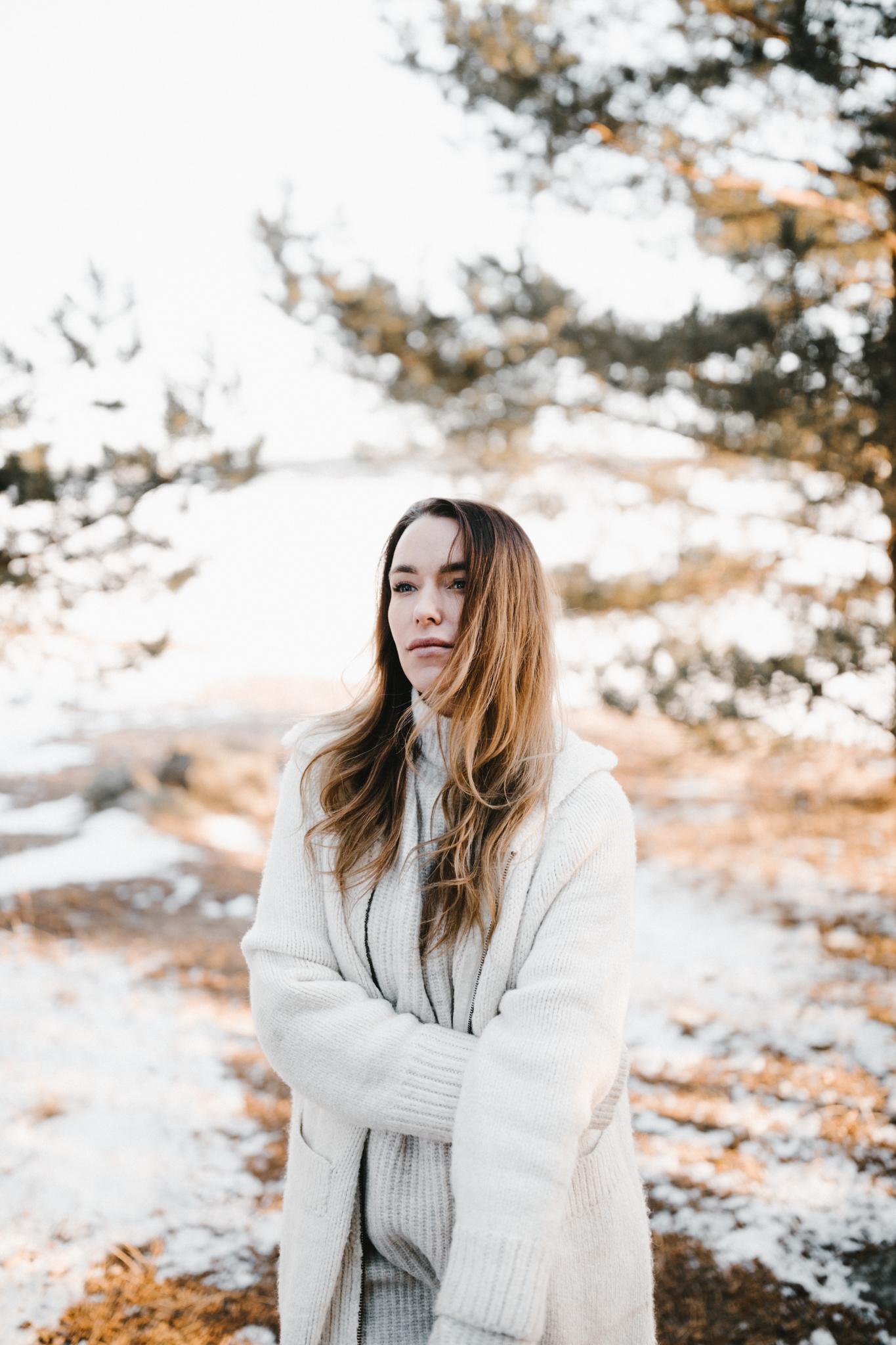 Julia Toivola -- Photos by Patrick Karkkolainen Photographer-111.jpg