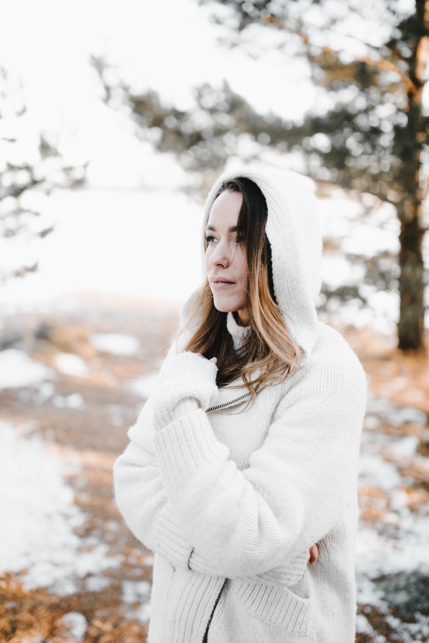 Julia Toivola -- Photos by Patrick Karkkolainen Photographer-113.jpg