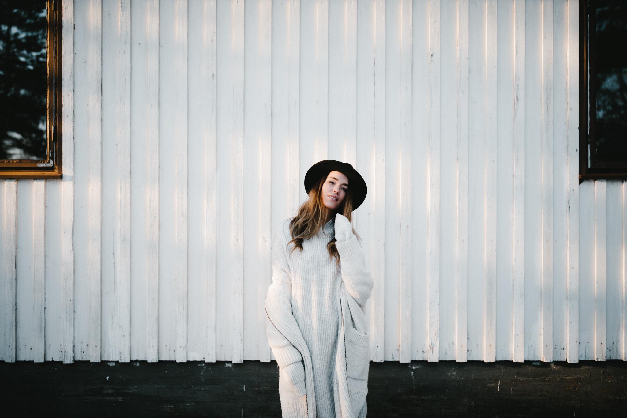 Julia Toivola -- Photos by Patrick Karkkolainen Photographer-150.jpg