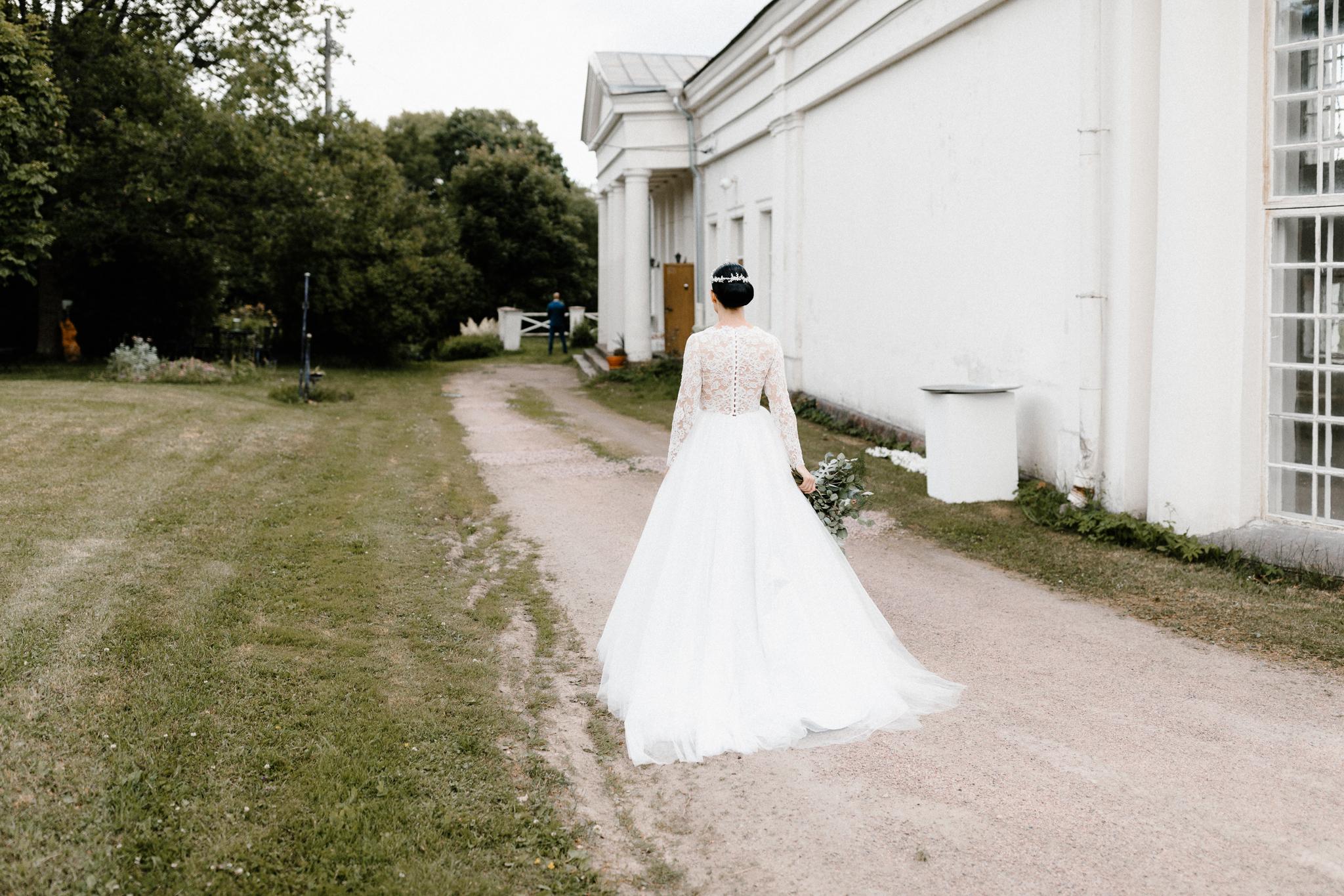 Essi + Ville | Oitbacka Gården | by Patrick Karkkolainen Wedding Photography-37.jpg