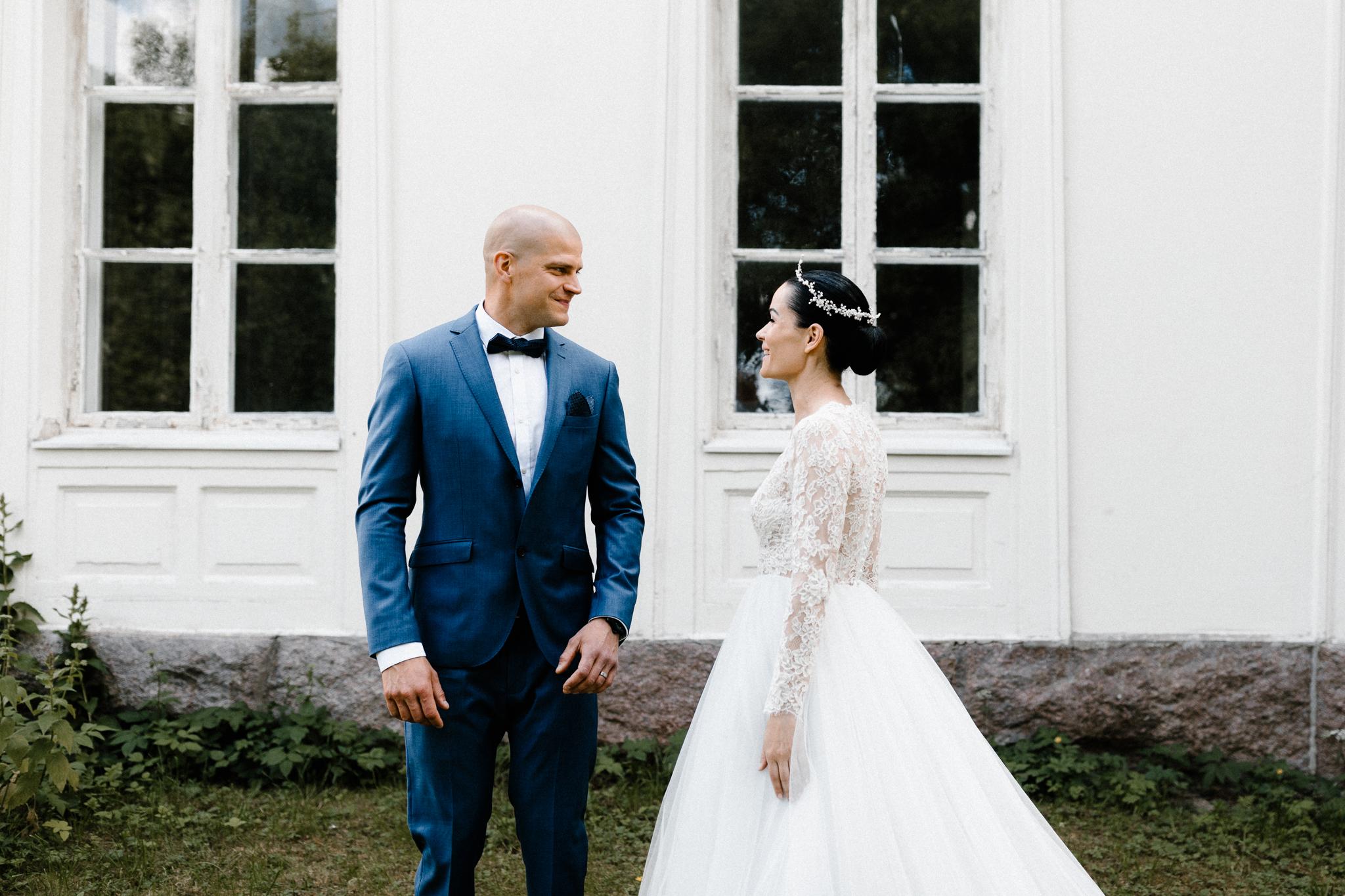 Essi + Ville   Oitbacka Gården   by Patrick Karkkolainen Wedding Photography-45.jpg