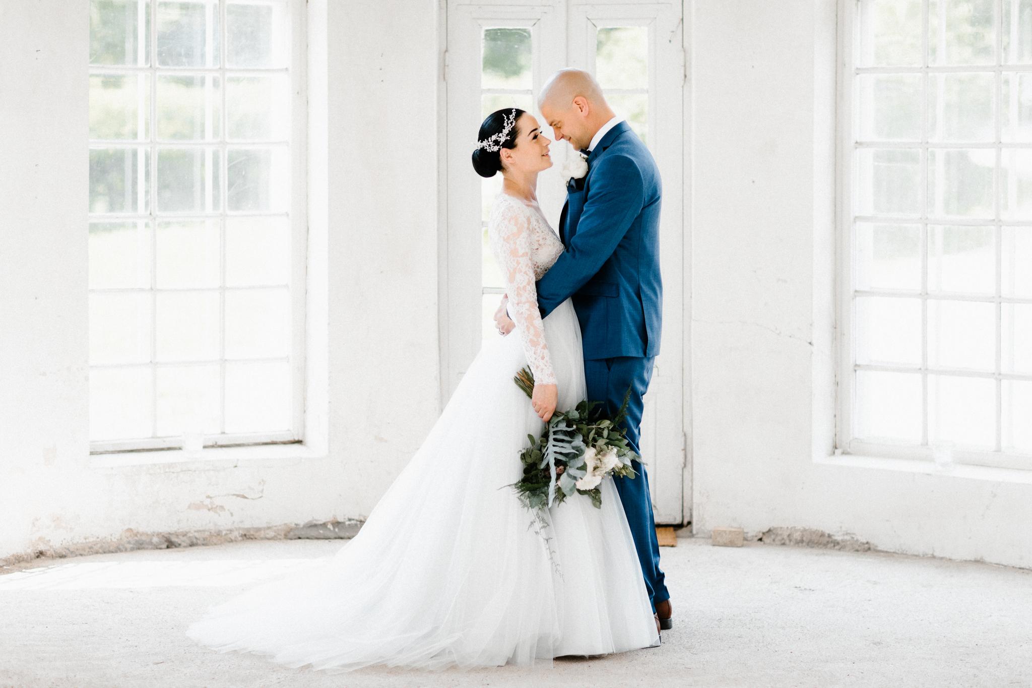 Essi + Ville   Oitbacka Gården   by Patrick Karkkolainen Wedding Photography-56.jpg