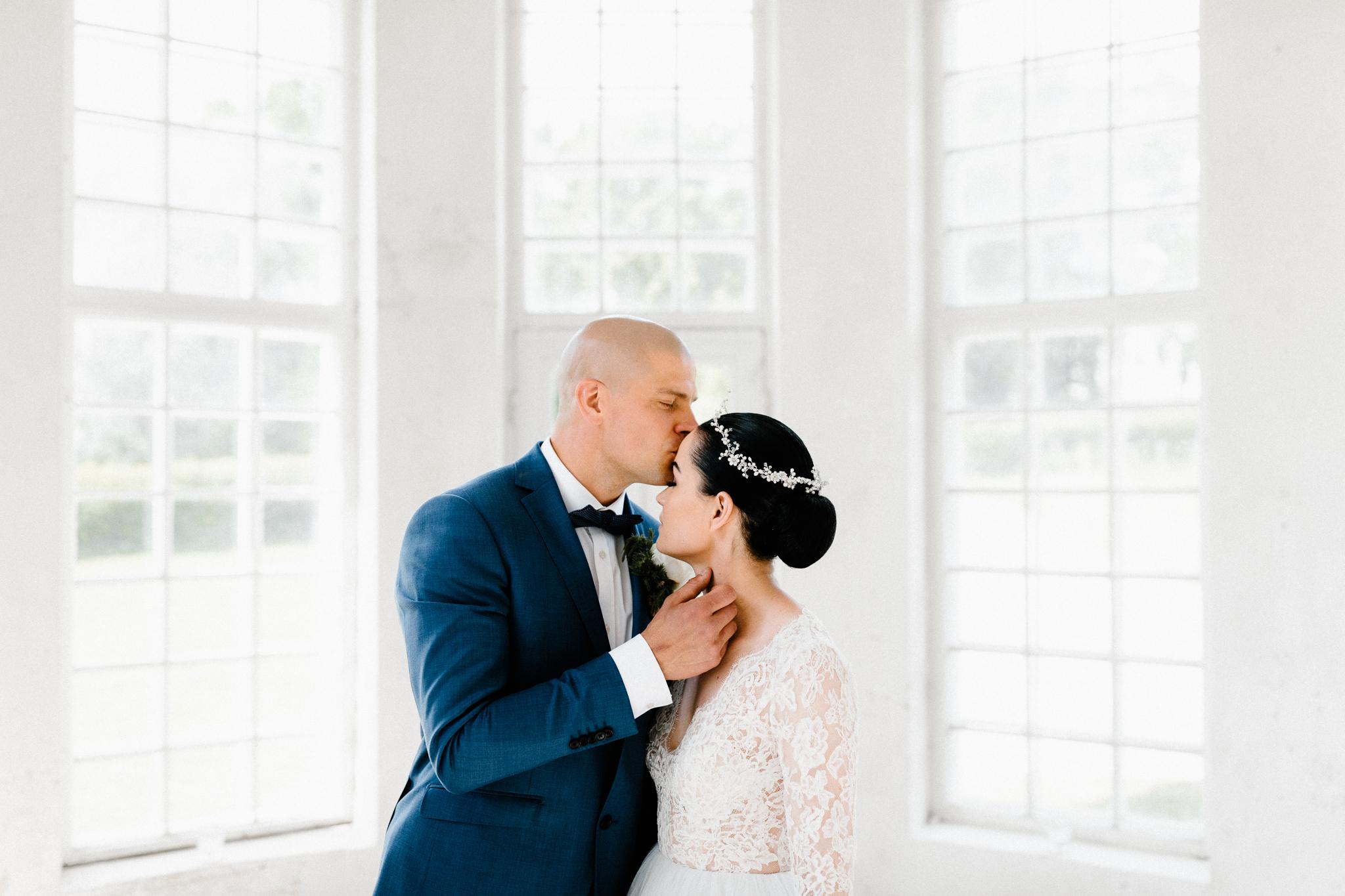 Essi + Ville   Oitbacka Gården   by Patrick Karkkolainen Wedding Photography-73.jpg