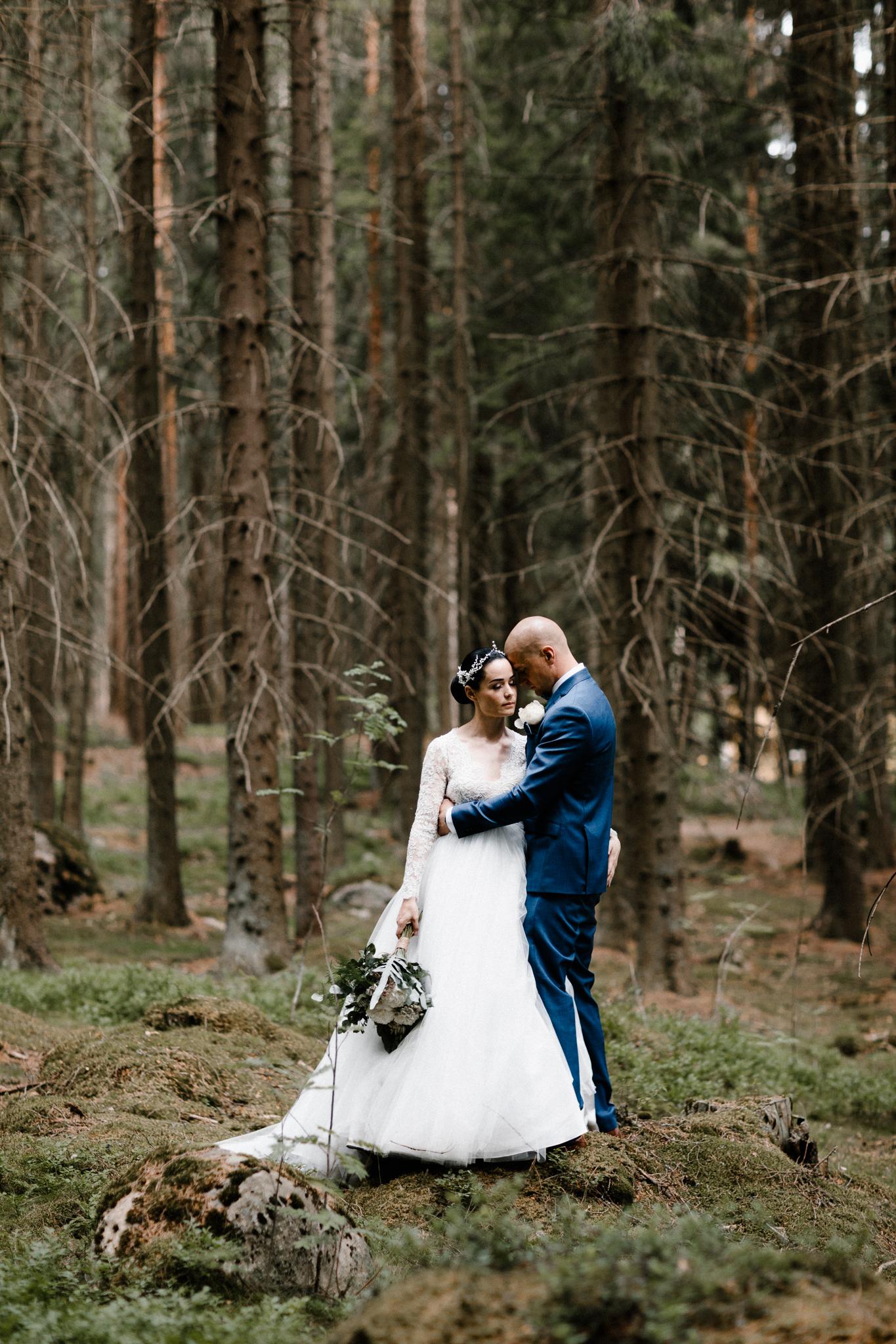 Essi + Ville   Oitbacka Gården   by Patrick Karkkolainen Wedding Photography-95.jpg