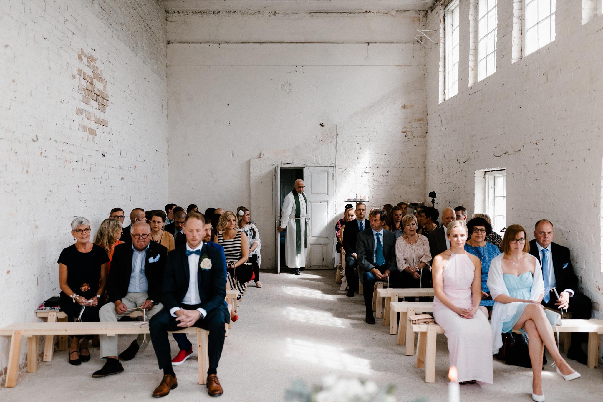 Essi + Ville   Oitbacka Gården   by Patrick Karkkolainen Wedding Photography-145.jpg