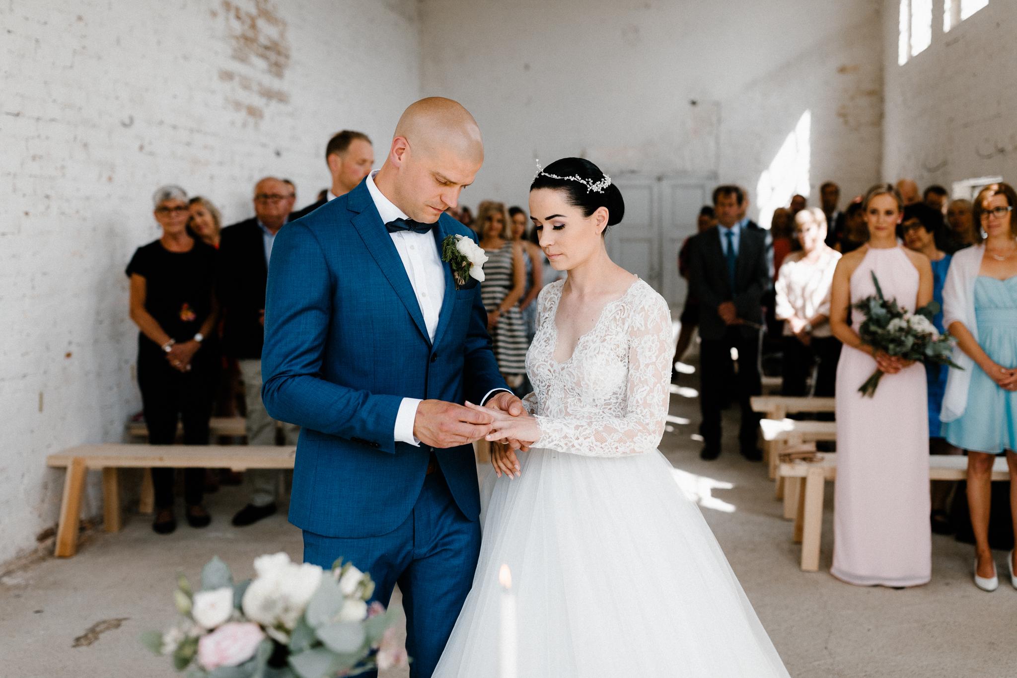 Essi + Ville   Oitbacka Gården   by Patrick Karkkolainen Wedding Photography-157.jpg