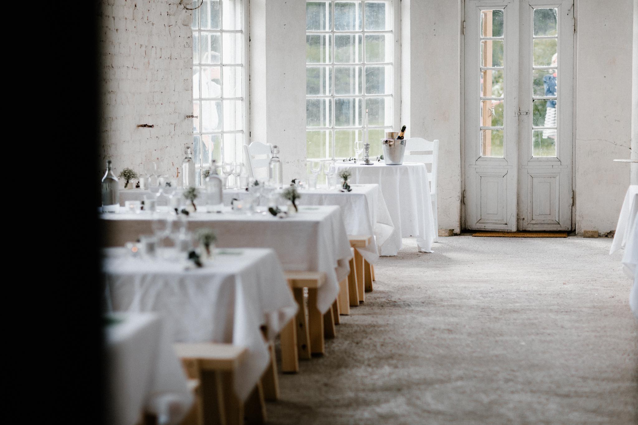 Essi + Ville   Oitbacka Gården   by Patrick Karkkolainen Wedding Photography-196.jpg