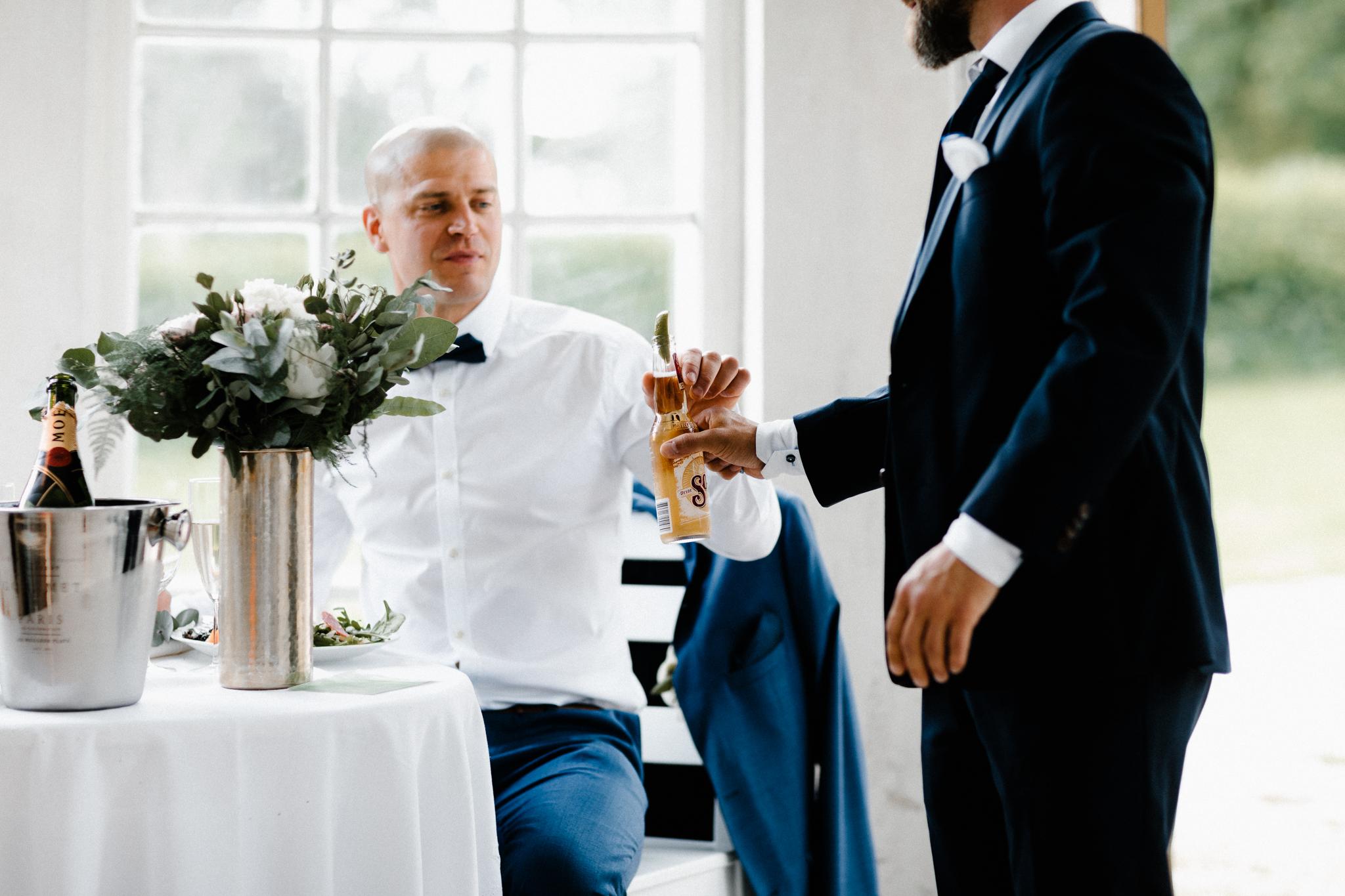 Essi + Ville | Oitbacka Gården | by Patrick Karkkolainen Wedding Photography-215.jpg