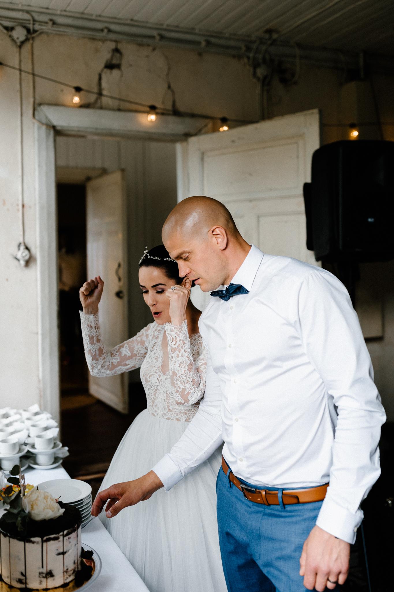 Essi + Ville   Oitbacka Gården   by Patrick Karkkolainen Wedding Photography-253.jpg