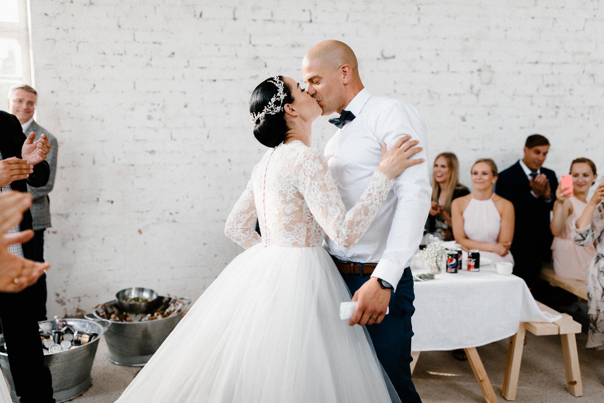 Essi + Ville   Oitbacka Gården   by Patrick Karkkolainen Wedding Photography-281.jpg