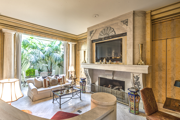 Master sitting area with private garden room