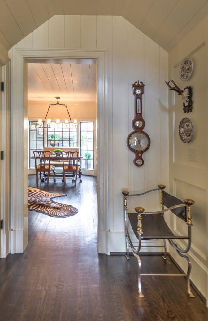 Doorway into kitchen