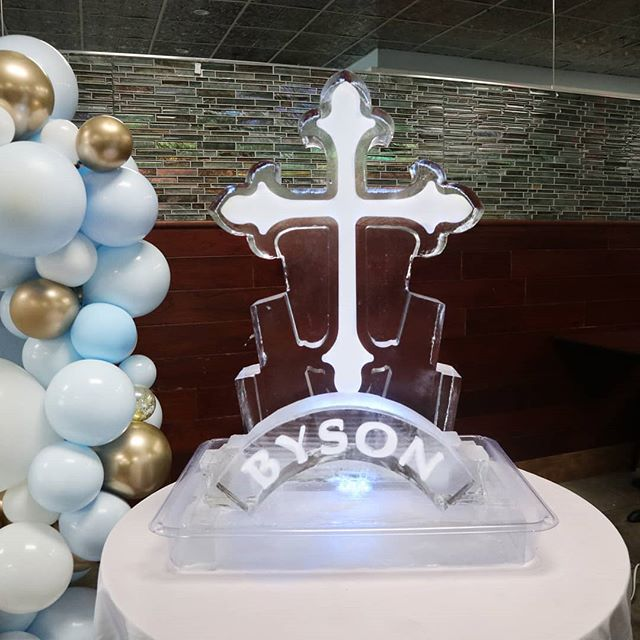 Create the highlight of any event! #Cross #Replica #icesculpture #NameEngraving #event #okamotostudio