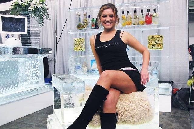 Let's just sit down and chill😜 #PhotoOp #icechair #icebar #photoshoot #icesculpture #okamotostudio