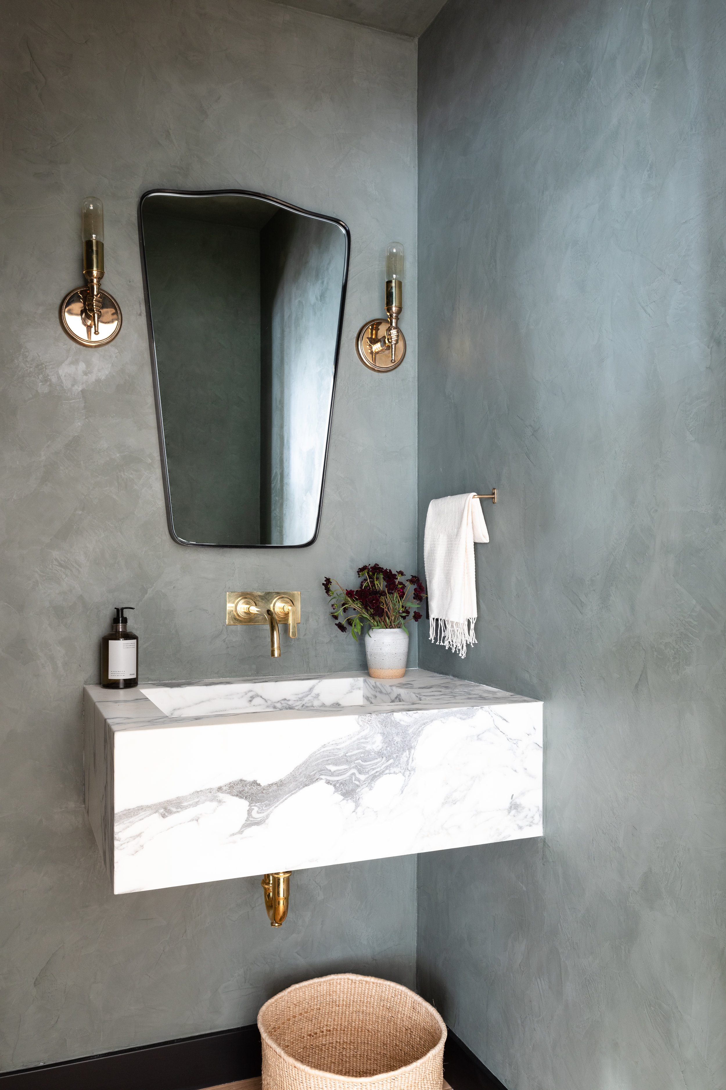 Amber-Interiors-Client-Greater-Than-Great-Powder-Room.jpg