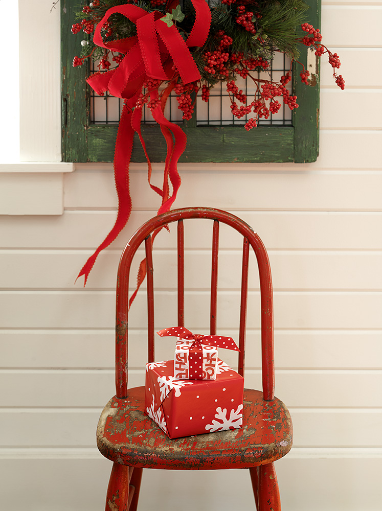 15-Red-chair-gifts.jpg