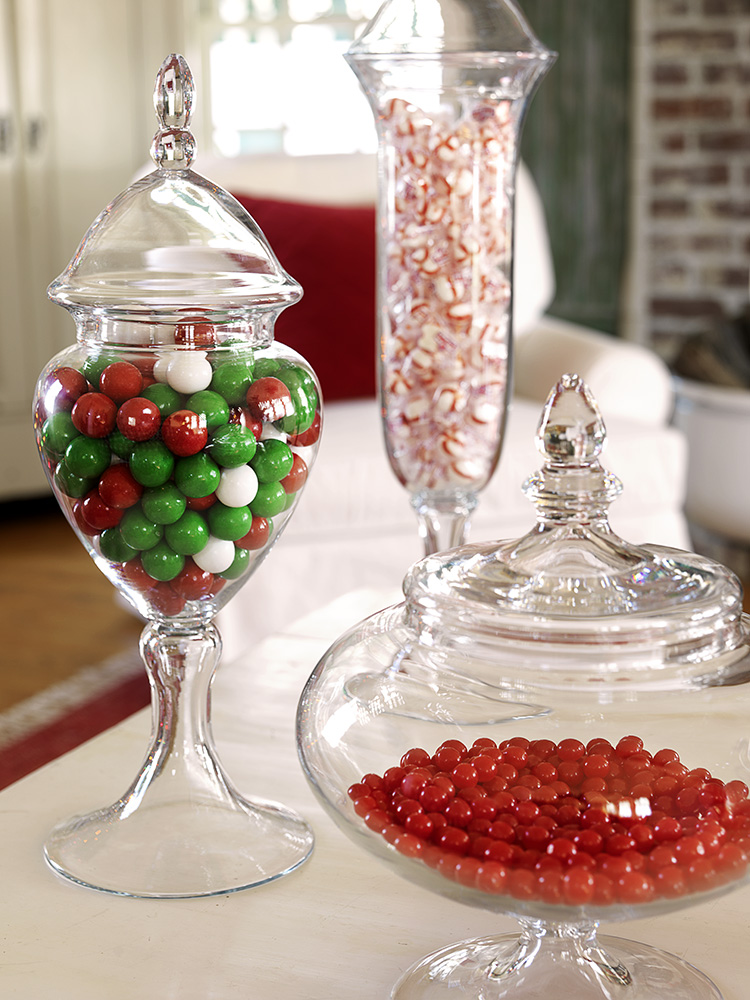 12-Family-Room---Candy-Jars.jpg