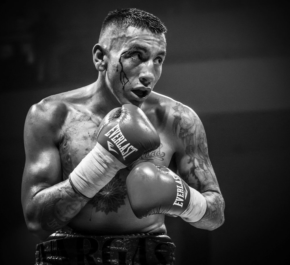 SAMUEL VARGAS - Welterweight - 31 - 5 - 2 (14 KOs)Samuel Vargas is a Canadian-Colombian professional boxer. Former NCC Welterweight champion. Having faced some of the toughest opponents in the world like Errol Spence Jr., Danny Garcia and Amir Khan, Samuel still boasts a 31-5 record in his professional career.