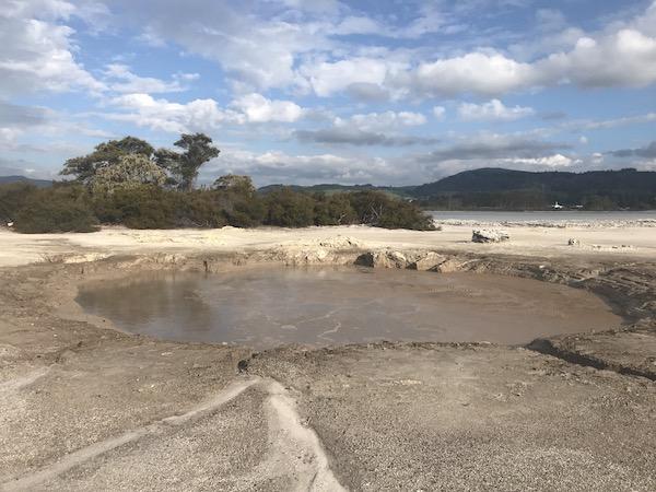 Rotorua mud pools.jpg