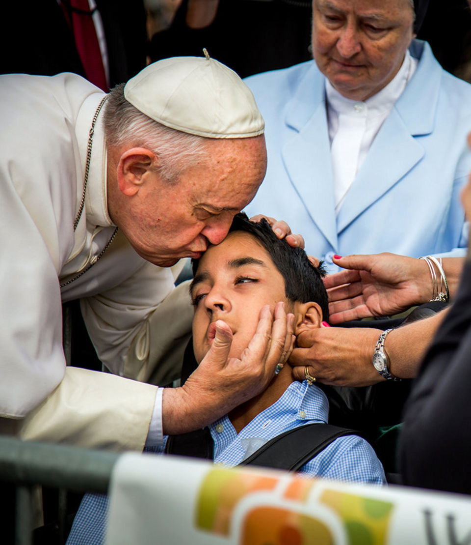 Pope Francis requested to stop his motorcade to get out and bless Michael Keating.