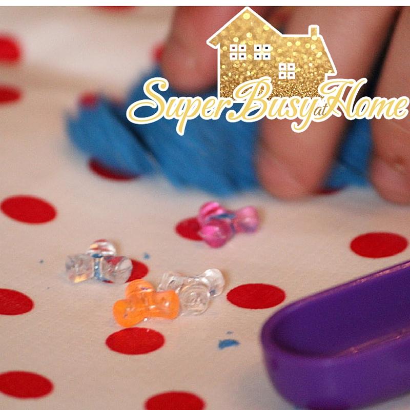 Kinetic Sand Fun.  Super Busy at Home.  #autism #homeschool #kidsactivities