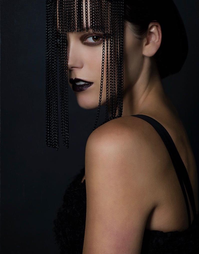Black chain veil