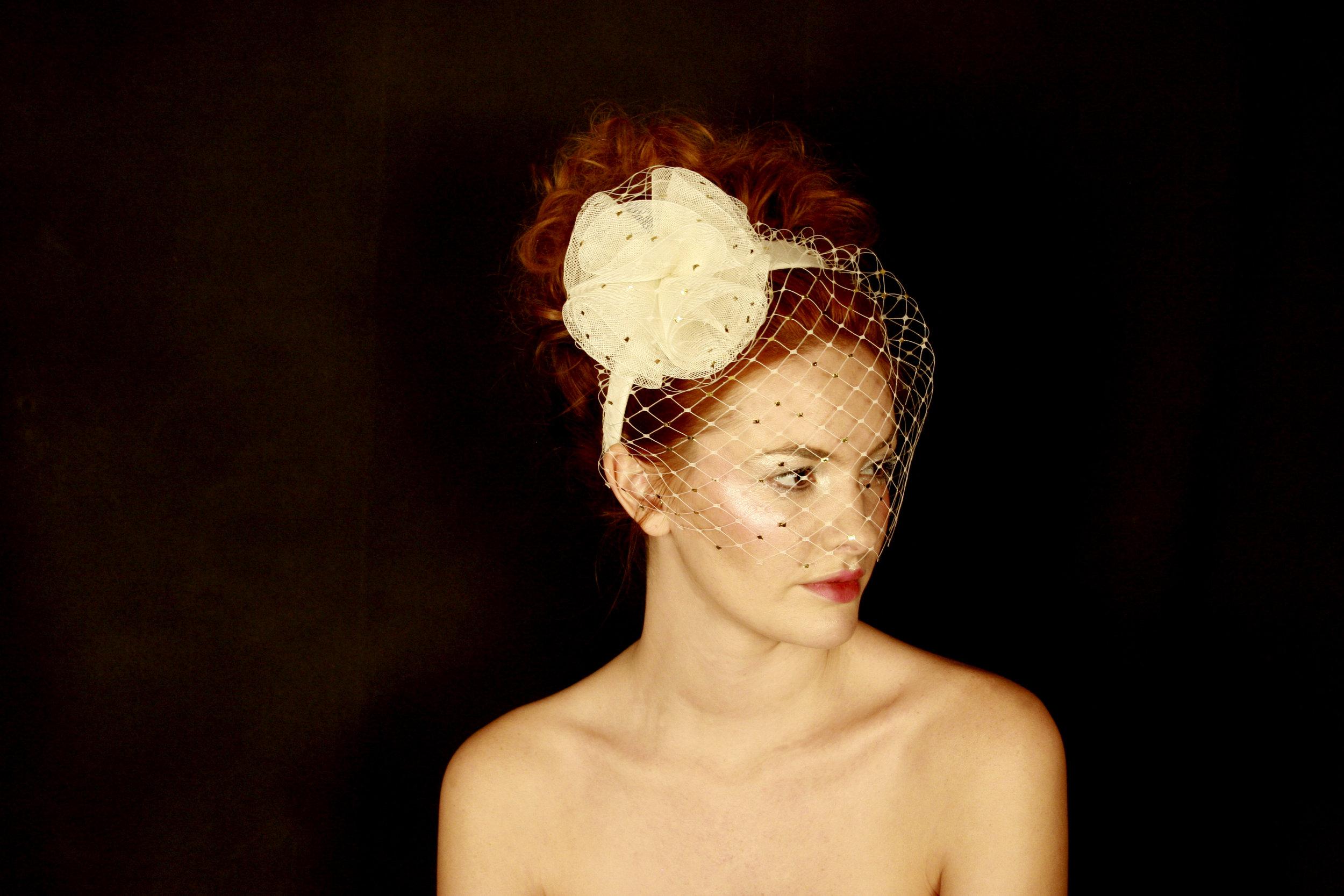 Venus veiling headband