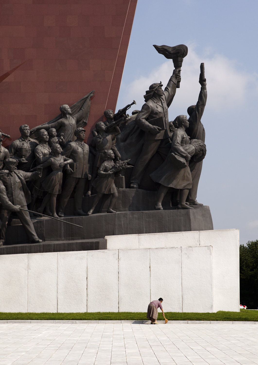 monument cleanup.jpg