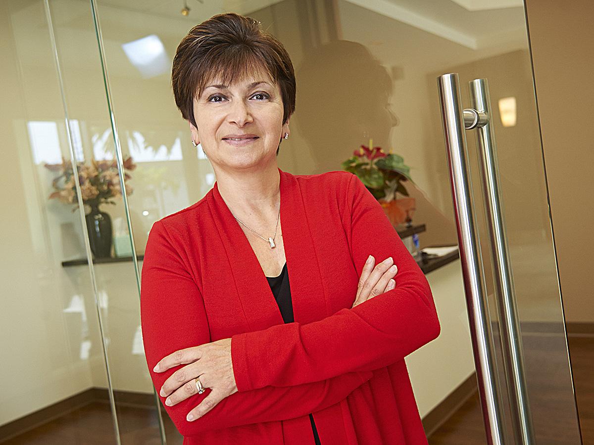 woman corporate headshot 241.jpg