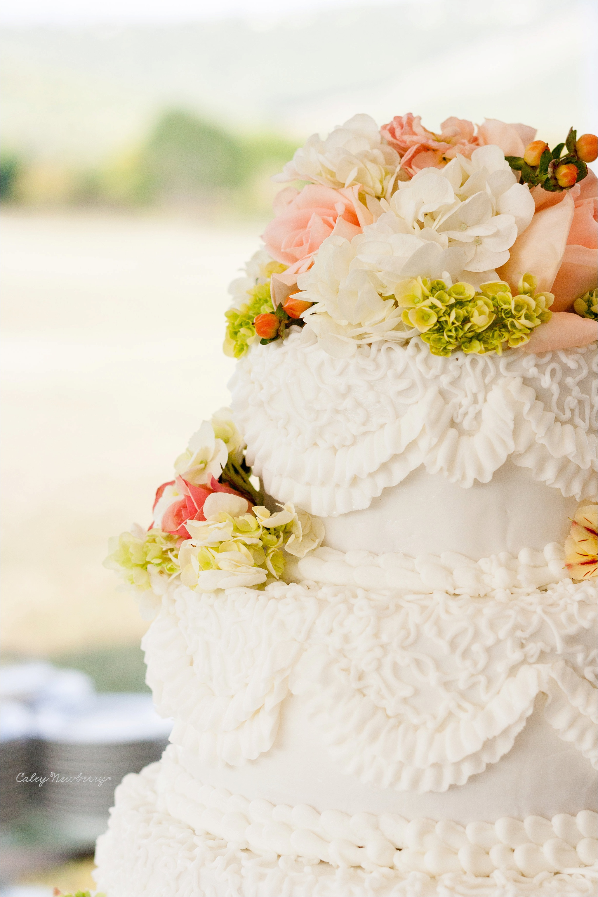 traditional-wedding-cake.jpg