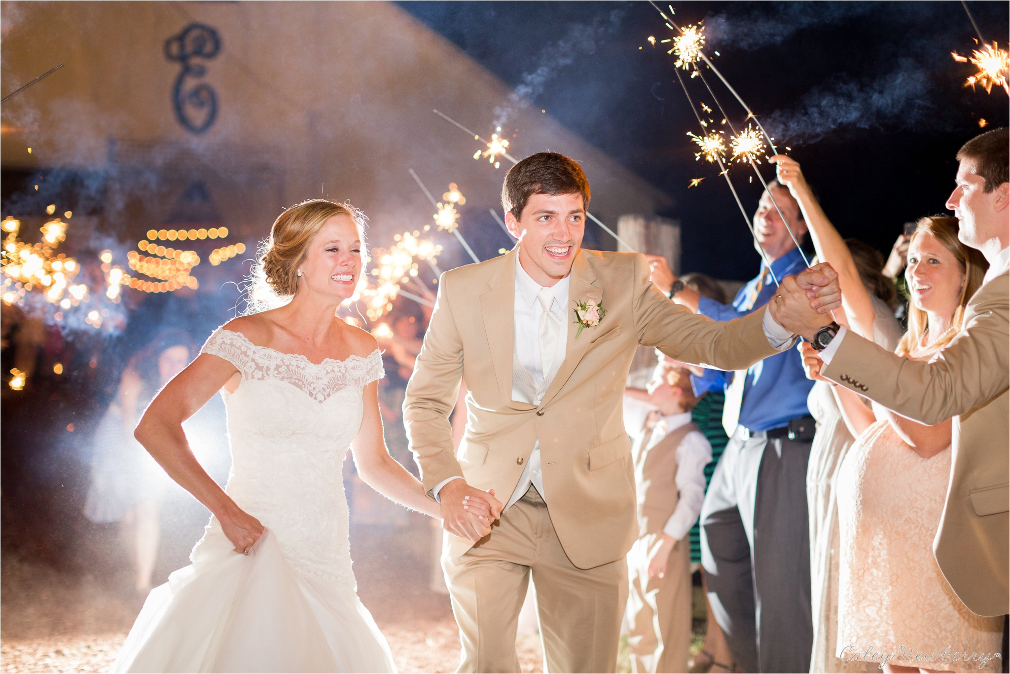 sparkler-exit-wedding-photos.jpg